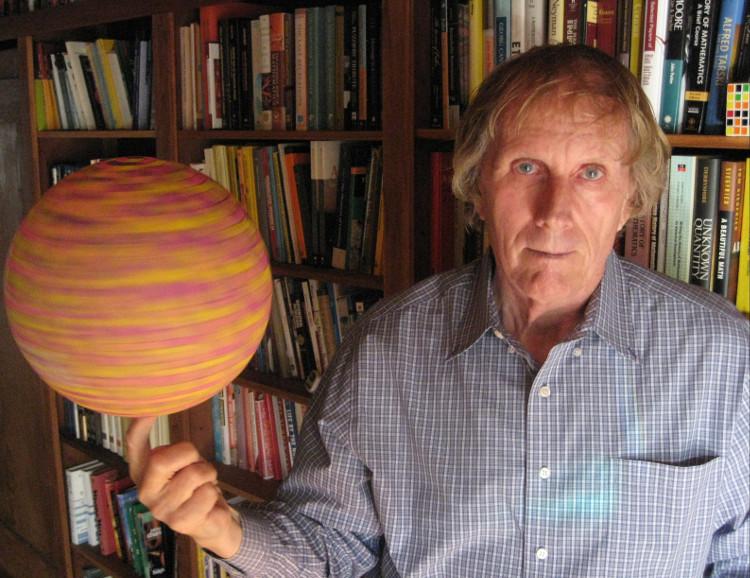 Ronald Graham, người thầy đã giao cho chúng ta bài toán mà mãi hàng thập kỉ sau mới có thể giải được.