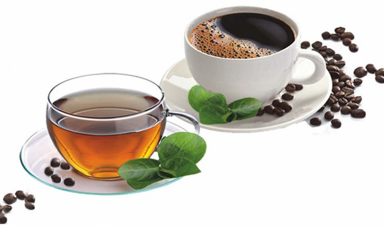 Theo India Times, những thức uống nóng như trà, cà phê nên tránh vào những tháng hè nóng nhất.