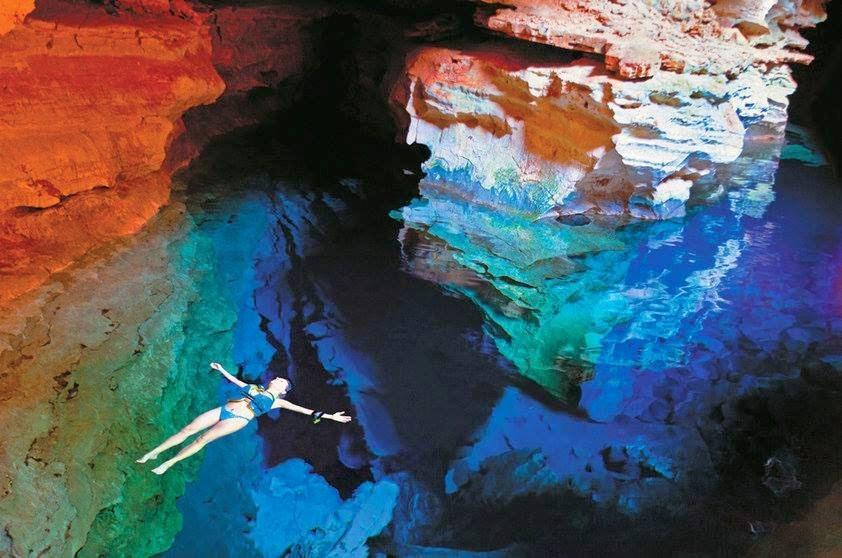 Poco Azul, công viên quốc gia Chapada Diamantina, Brazil