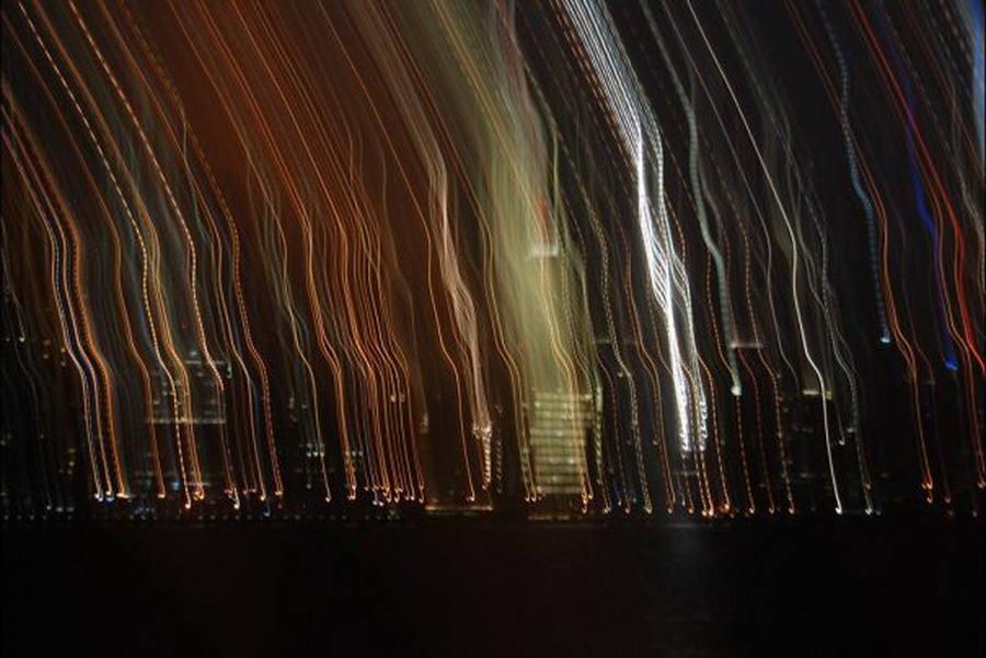 Đường chân trời New York vô tình được một du khách chụp lại khi đang ngồi thuyền.