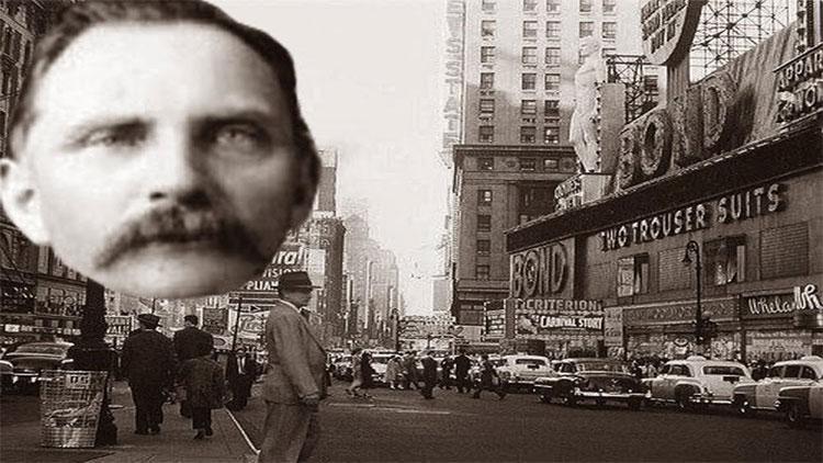 Rudolph Fentz xuất hiện tại Quảng trường Thời đại ở New York năm 1950 gây xôn xao dư luận.