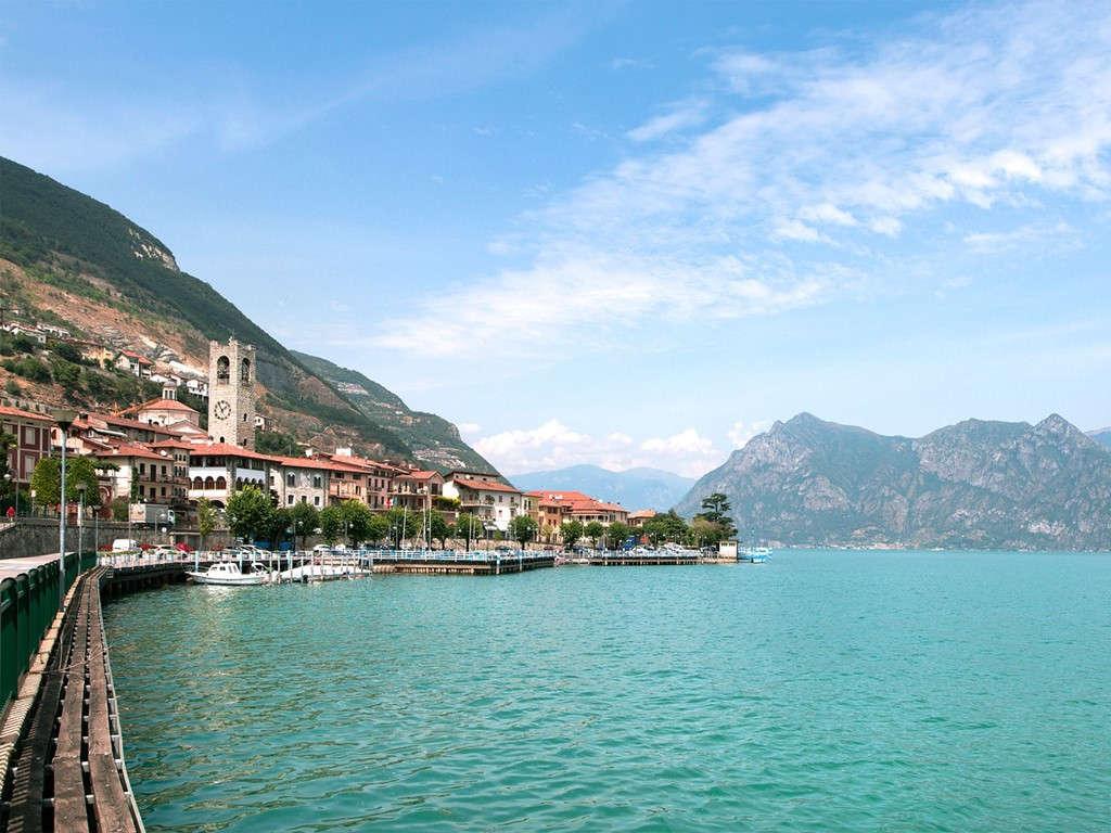 Hồ Iseo, Italy