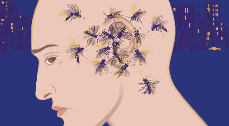 Người ù tai thường xuyên nghe thấy những âm thanh lạ từ bên trong ốc tai, do dây thần kinh bị tổn thương.