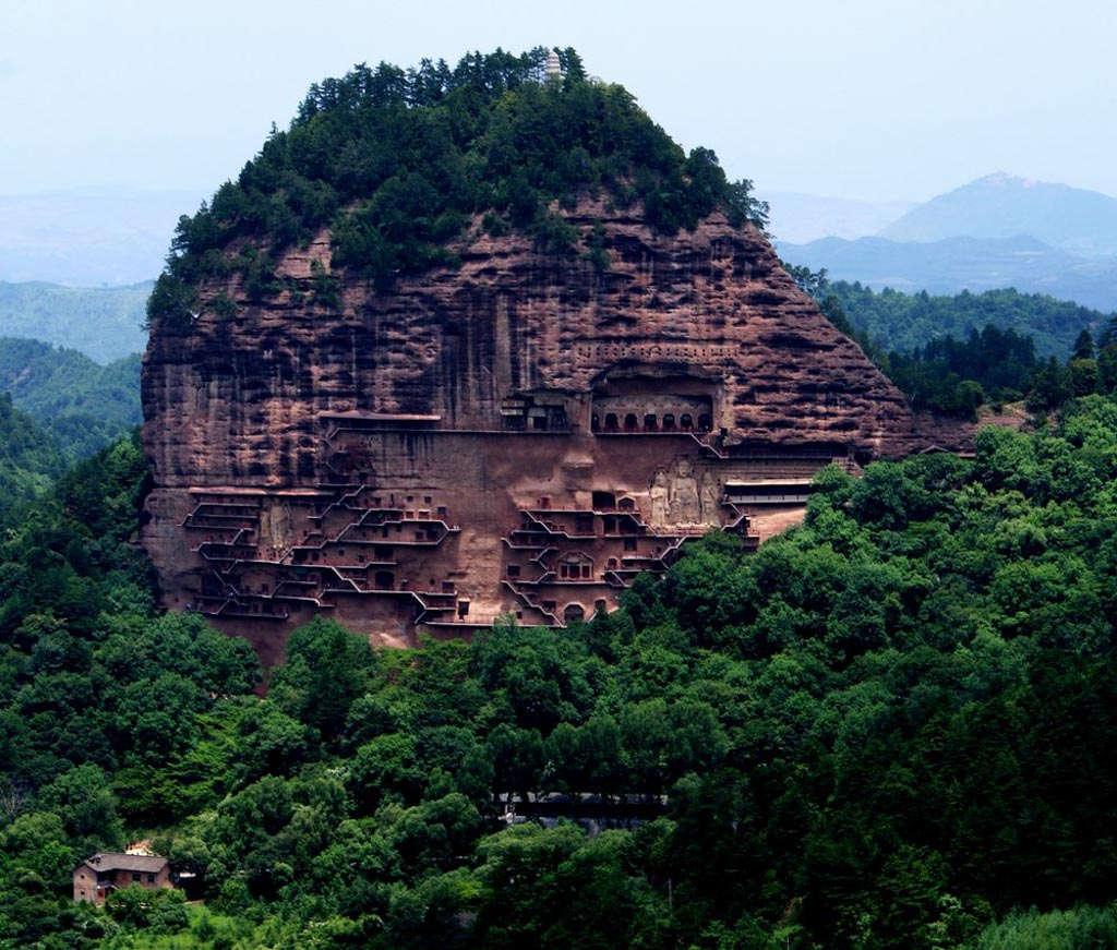 Những công trình bí ẩn - hang đá Mạch Tích Sơn