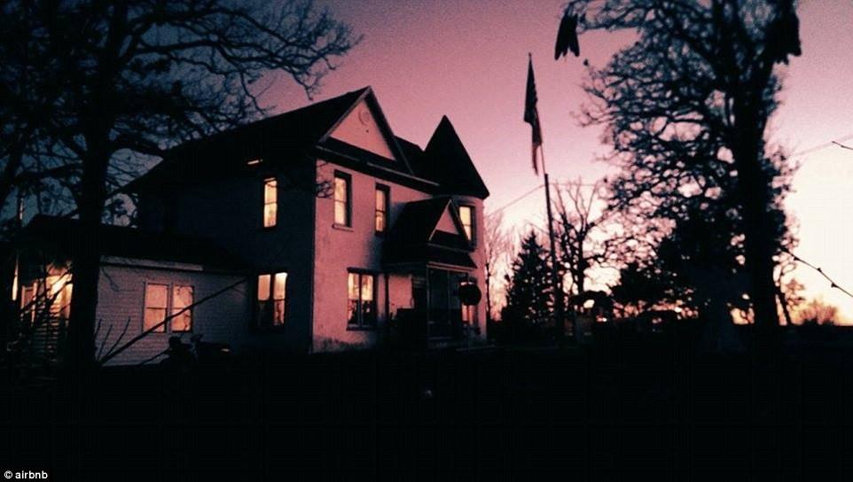 Paranormal Paradise, Missouri, Mỹ