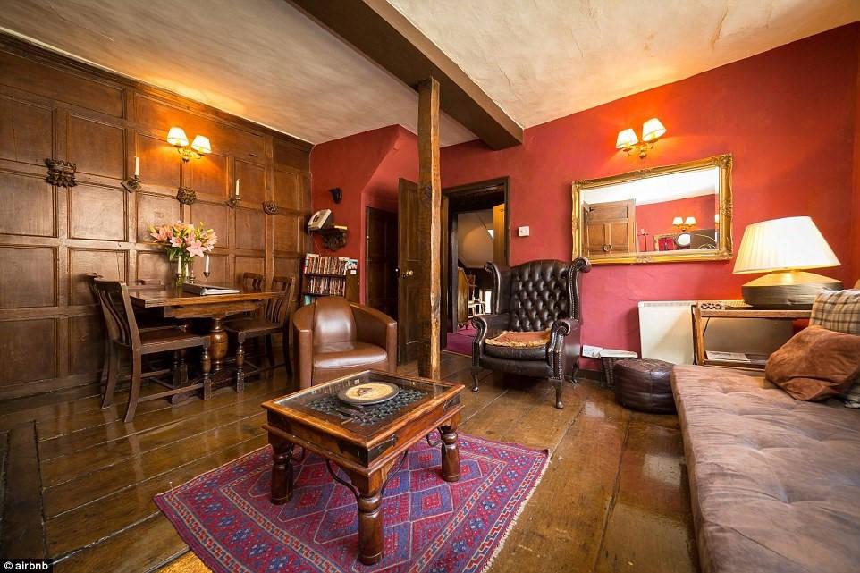 Nằm ở York, căn hộ này được cho là nơi nhốt người điên, bị ma ám
