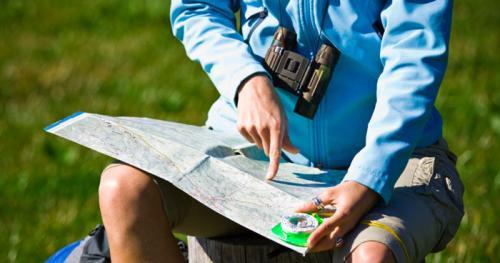 Luôn mang theo bản đồ và 1 bản copy về lịch trình của bạn trong hành lý đề phòng bất trắc xảy ra.