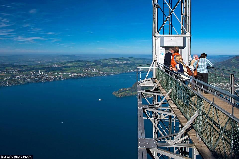 Đây là thang máy ngoài trời cao nhất châu Âu.
