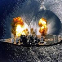 Ngày 11/6: Thiết giáp hạm cuối cùng USS Missouri được đưa vào hoạt động, nơi kết thúc thế chiến thứ hai