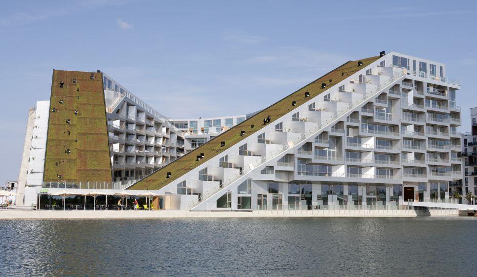 Đây là khu văn phòng và trung tâm thương mại lớn ở Copenhagen.