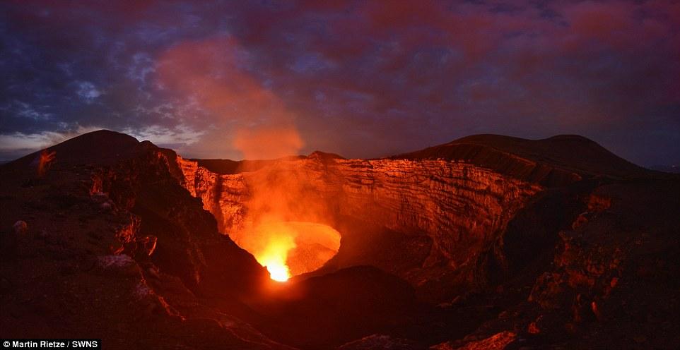 Núi lửa Masaya đã trở thành địa điểm du lịch hấp dẫn ở Nicaragua.