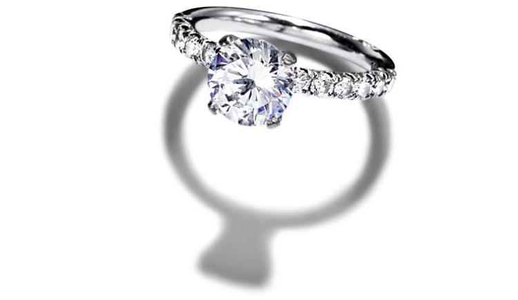Carat là chỉ độ nặng của viên kim cương.