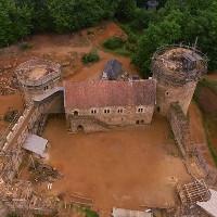Video: Xây dựng lâu đài Trung Cổ bằng kĩ thuật từ cả trăm năm trước, ngay tại Thế kỉ 21 này