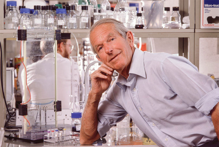 Công trình nghiên cứu của Frederick Sanger là một bước tiến vĩ đại cho lĩnh vực điều trị bệnh tiểu đường.