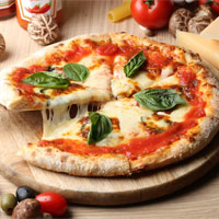 90% chúng ta đang không biết ăn pizza đúng cách