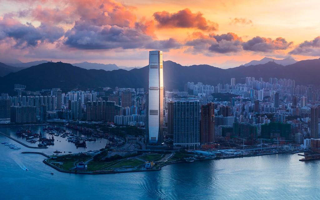 Trung tâm thương mại quốc tế, Hong Kong, Trung Quốc (484 m)
