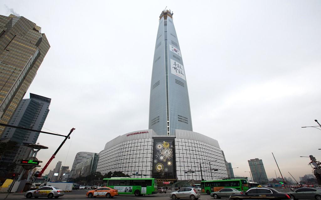 Tháp Lotte World, Seoul, Hàn Quốc (555 m)