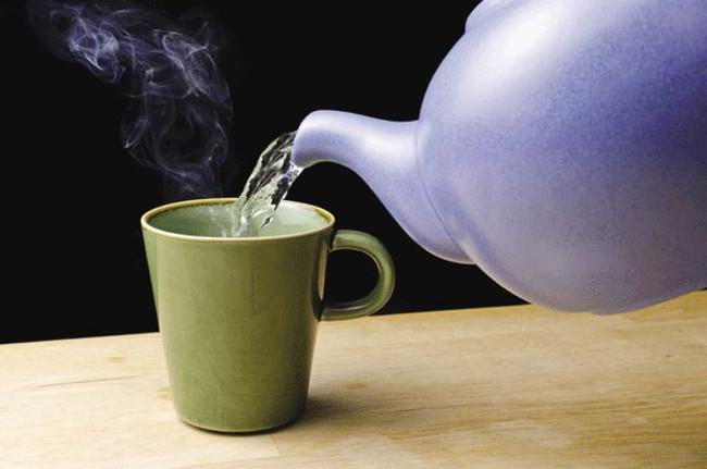Lợi ích của việc uống nước ấm