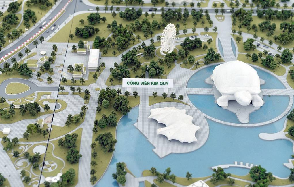 Dọc tuyến đường còn có nhiều điểm nhấn cảnh quan với không gian xanh như công viên hồ điều hoà ở xã Tiên Dương, công viên hồ điều hoà Hải Bối, công viên Kim Quy ở khu vực Đầm Vân Trì xây dựng đạt tiêu chuẩn thế giới.