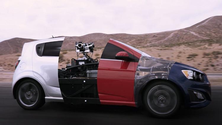 Sử dụng Blackbird thì đội ngũ kỹ xảo có thể làm gì mà họ muốn, sau khi đã có trong tay bản thiết kế bề ngoài của xe.