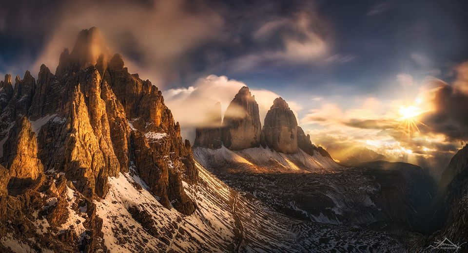 Nụ hôn của Mặt Trời, Núi Tre Cime di Lavaredo, Ý.