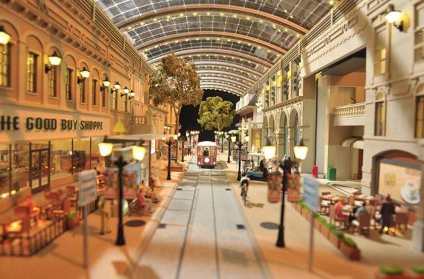 Siêu thị Mall of the World của Dubai (Các tiểu vương quốc Ả Rập thống nhất) là một công trình khổng lồ, lớn gấp 9 lần siêu thị Mall of America.
