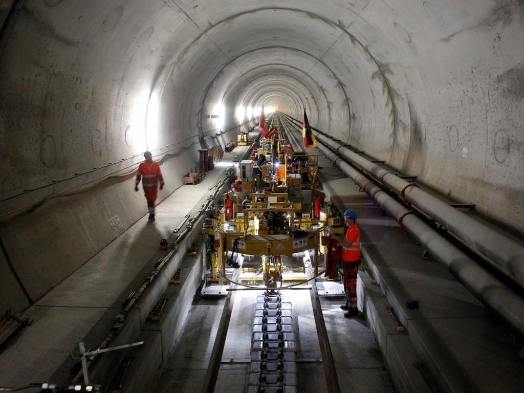 Đường hầm Gotthard Base