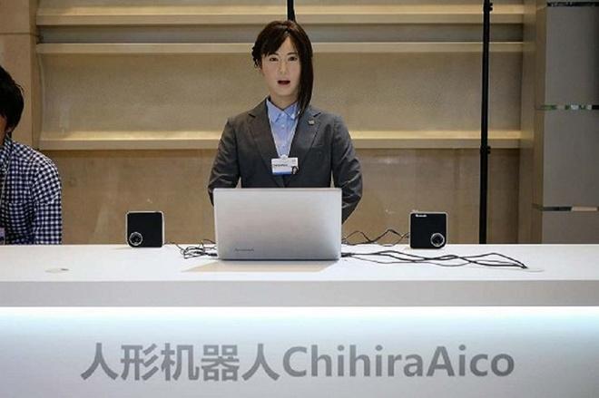 Robot Chihira Aico từ Nhật Bản