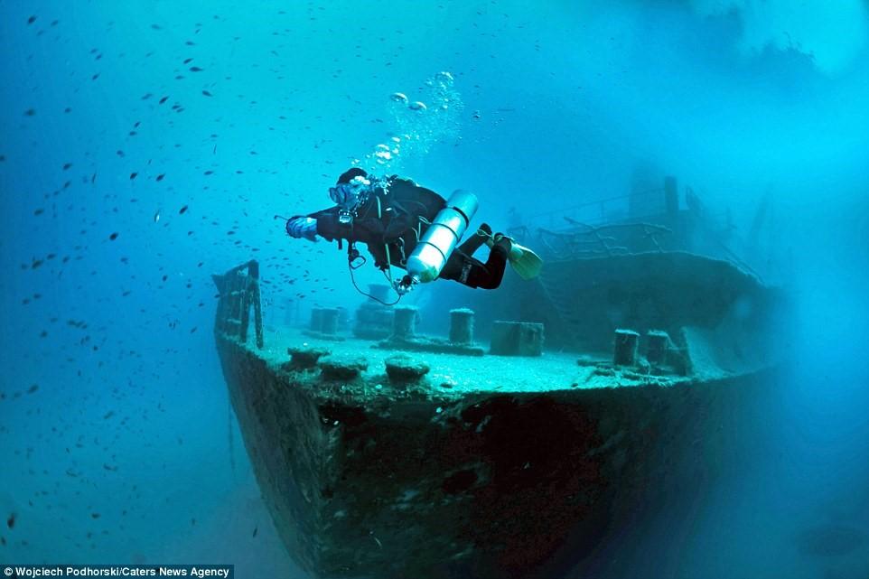Xác tàu đắm Um El Faroud