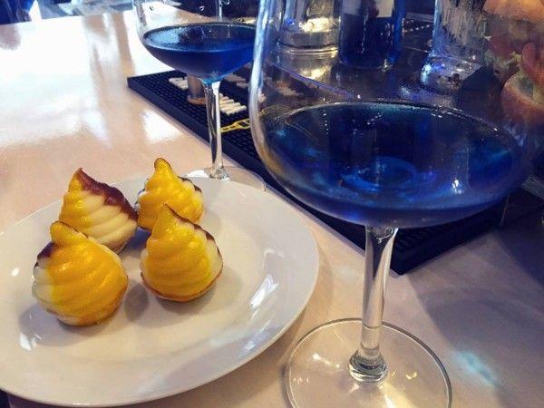 Cảm hứng để tạo ra loại rượu vang này đến từ một cuốn sách lý luận Blue Ocean Strategy.