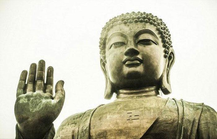 Các nhà nghiên cứu cho rằng những gì trong chiếc rương vàng là một trong nhiều phần hài cốt của Đức Phật được chuyển tới Trung Quốc.