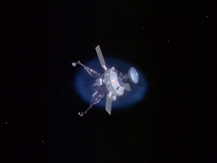 Voyager 1, tàu vũ trụ hiện xa Trái Đất nhất, với khoảng cách hơn 20 tỷ km và tiếp tục tăng.