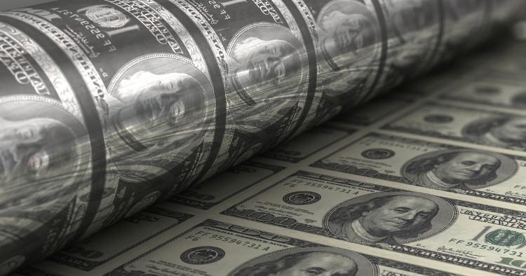 Mỗi tờ 100 USD được sử dụng trung bình trong 15 năm.