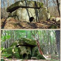Mộ cự thạch 25.000 năm tuổi ở Nga