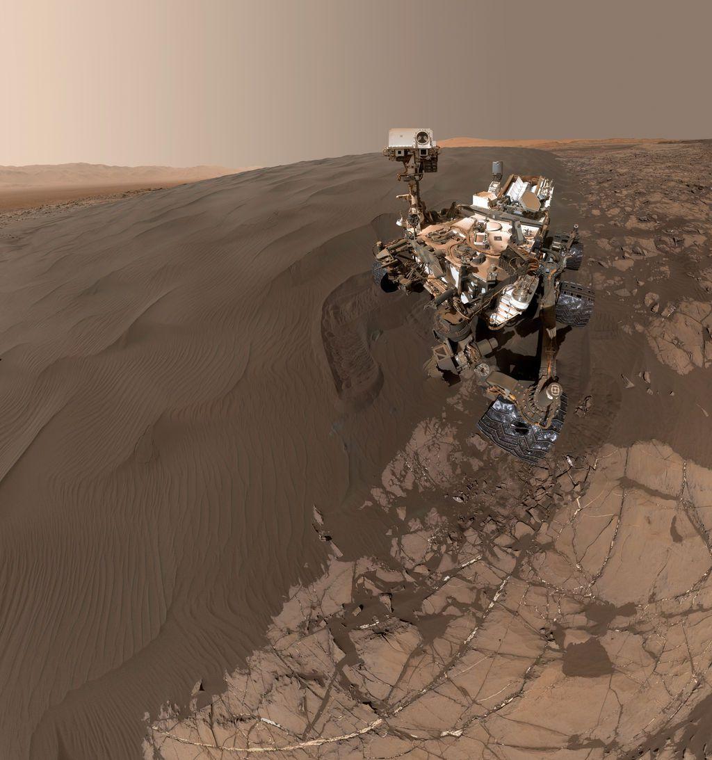 Robot tự hành lớn nhất của NASA - Curiosity - đã hạ cánh thành công lên sao Hỏa vào năm 2012