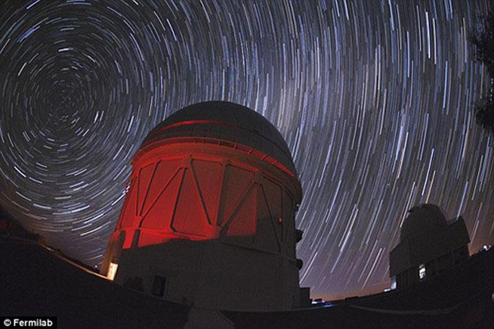 Đài đài quan sát Cerro Tololo Inter-America (CTIO), Chile, nhà của dự án Dark Energy Camera.