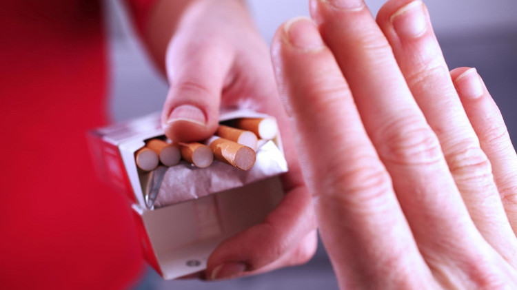 Một điếu thuốc chứa hơn 4.000 chất hóa học.