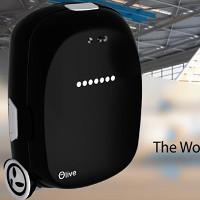 Olive: Vali thông minh tự đi theo chủ nhân, có thể biến thành xe tự cân bằng