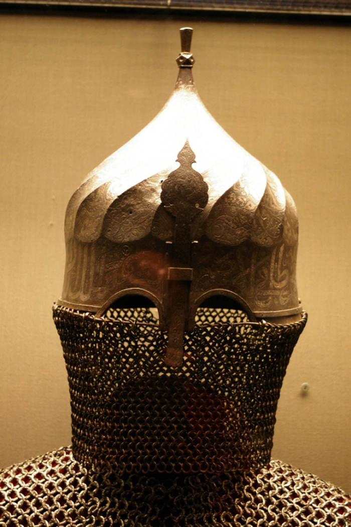 Mũ giáp được thiết kế đặc biệt cho những chiến binh Thổ Nhĩ Kỳ.