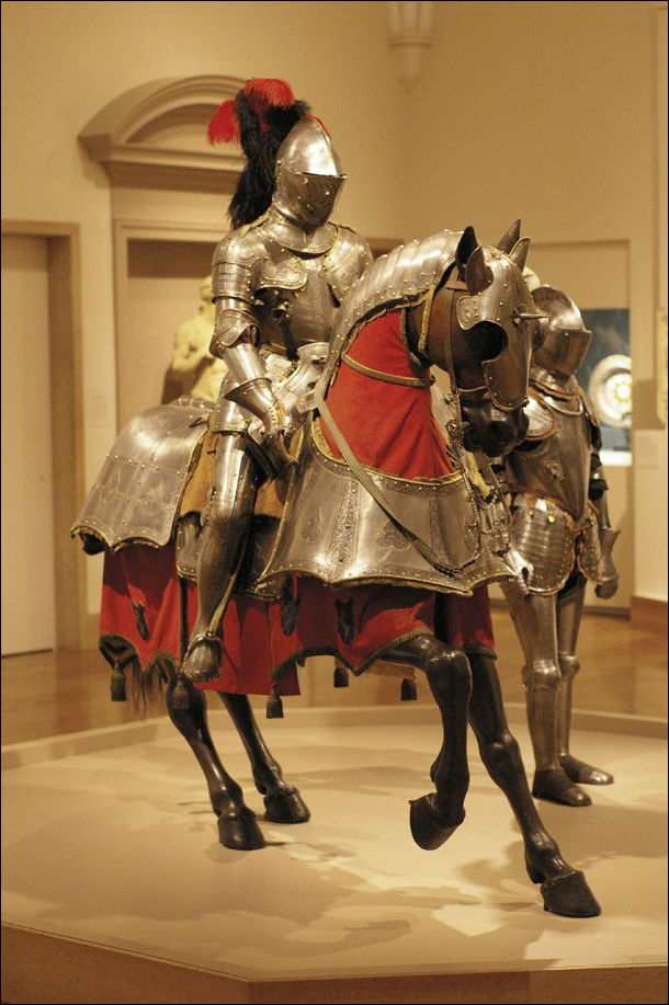 Đây là bộ giáp dành cho binh sĩ và ngựa chiến của người Italy.