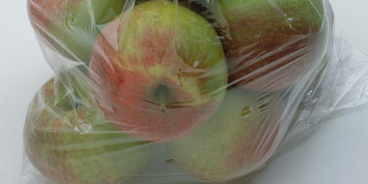 Hãy để táo vào một túi riêng bảo quản trong tủ lạnh.