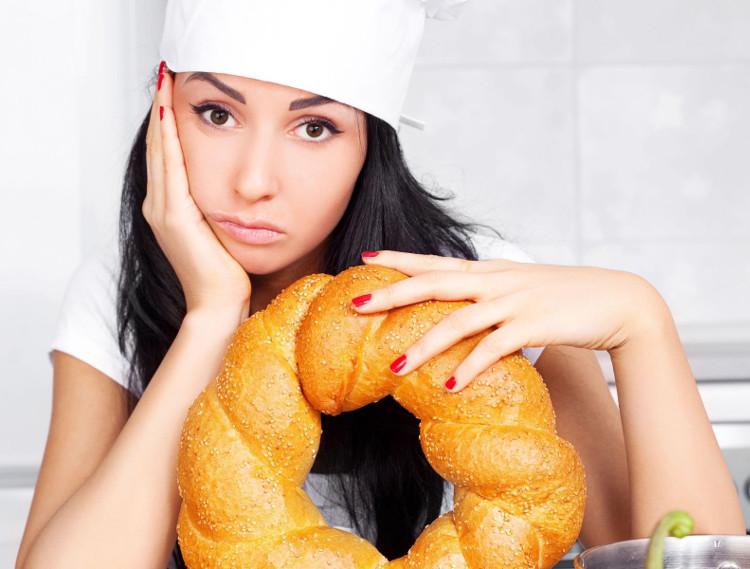 Đồ chiên và đồ ngọt dễ làm cho cơ thể sản xuất nhiều peroxit, tăng tình trạng viêm nhiễm. (