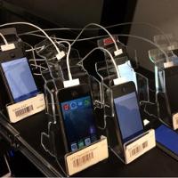 Tham quan data center của Facebook, nơi test app trên 2.000 chiếc điện thoại cùng lúc