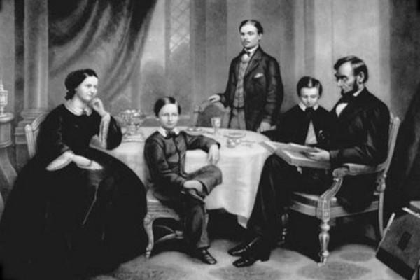 Tổng thống Abraham Lincoln cùng vợ và 3 con trai