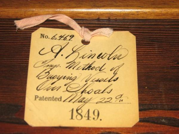 Bằng sáng chế của Tổng thống Abraham Lincoln mang số hiệu 6.469