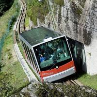Muốn biết người ta xây đường tàu leo núi như thế nào, hãy nhìn 13 ví dụ ấn tượng này