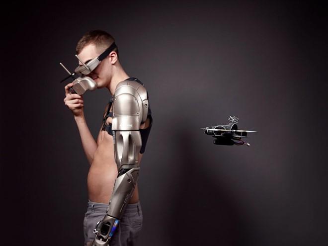 Chi giả thậm chí mang đến những kỹ năng mới cho con người trong 10 năm nữa.
