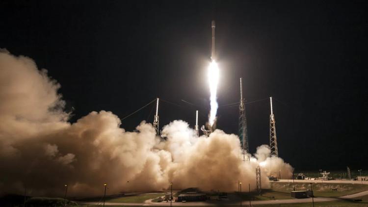 SpaceX đã phá vỡ kỷ lục trước đó của mình khi thực hiện số lần phóng nhiều nhất trong một năm.