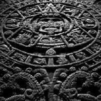 Ai dạy người Maya cách tính lịch?
