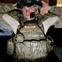 """Áo giáp của quân đội Mỹ có thể sẽ sử dụng """"lụa nhện"""" bền hơn kevlar 10 lần"""